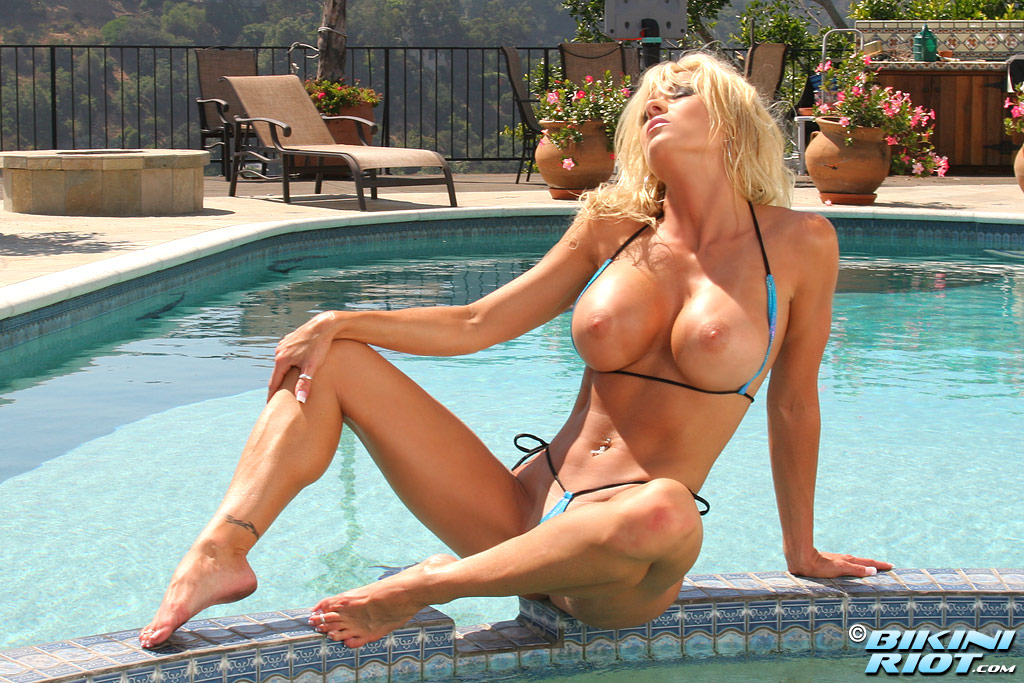 Tylene Buck - download exclusive nude bikini videos