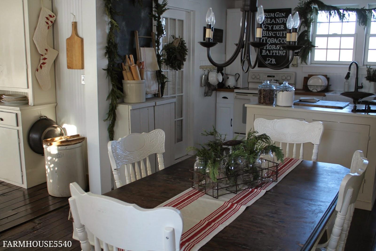 FARMHOUSE 5540 Farmhouse Christmas Part 4