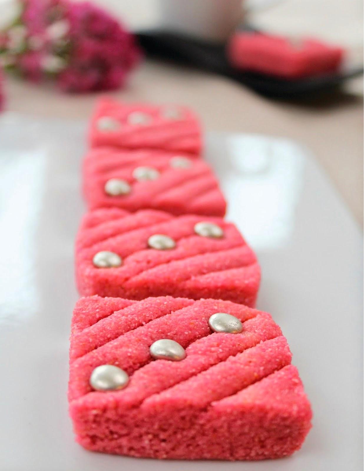 حلوى السميد الجزائرية