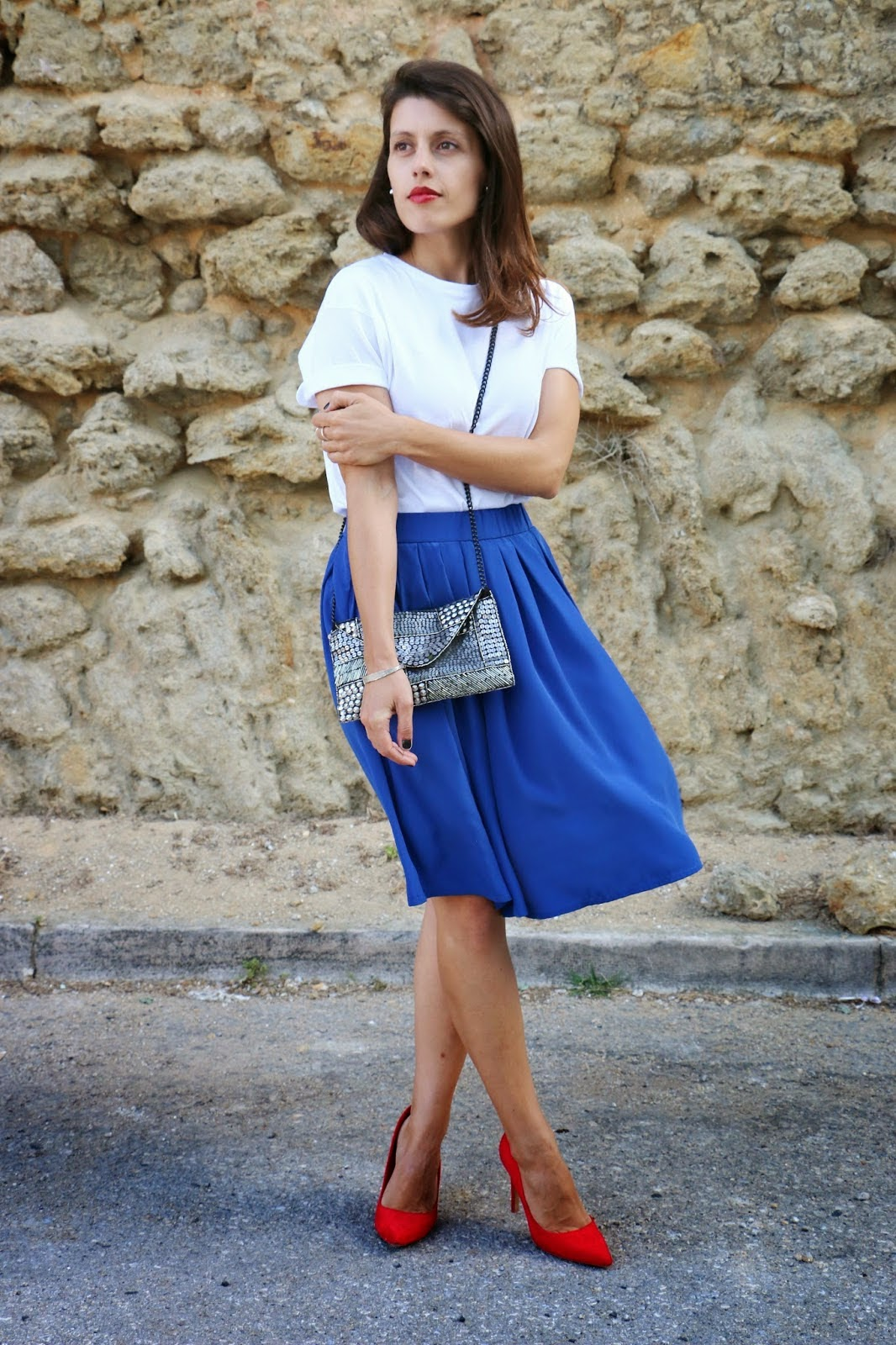 http://ilovefitametrica.blogspot.pt/2014/07/red-lips-red-shoes.html