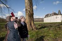 Sur la piste bleue, à la recherche des énigmes du Trésor du Château de Condé - AyPR DR