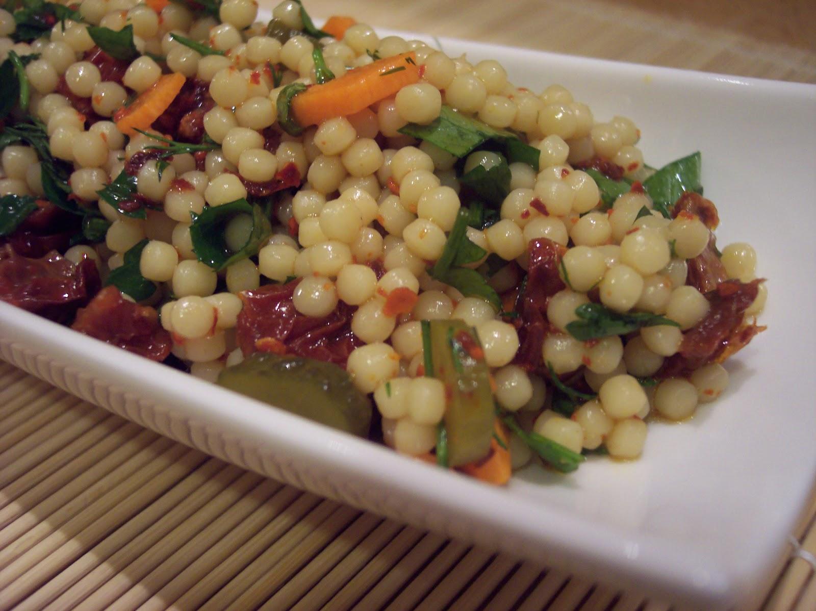 Yoğurtlu Kuskus Salatası Tarifi