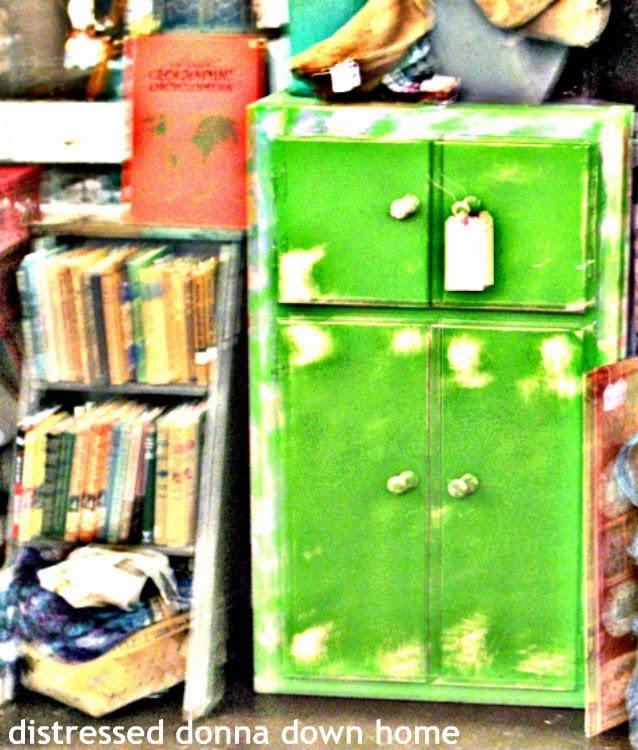 Distressing a green cabinet, estate sale find, vintage cabinet