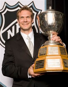 nick lidstrom trophy norris defense player career retire