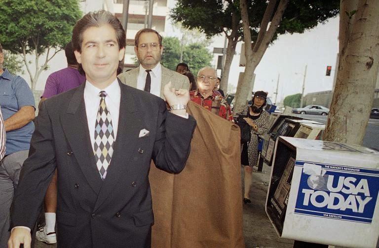 Starhooks Robert Kardashian Hid Damning Evidence Against Oj