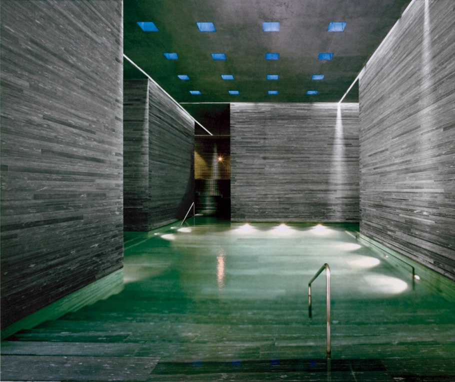 Peter zumthor thermal baths switzerland intervening for Design hotel vals
