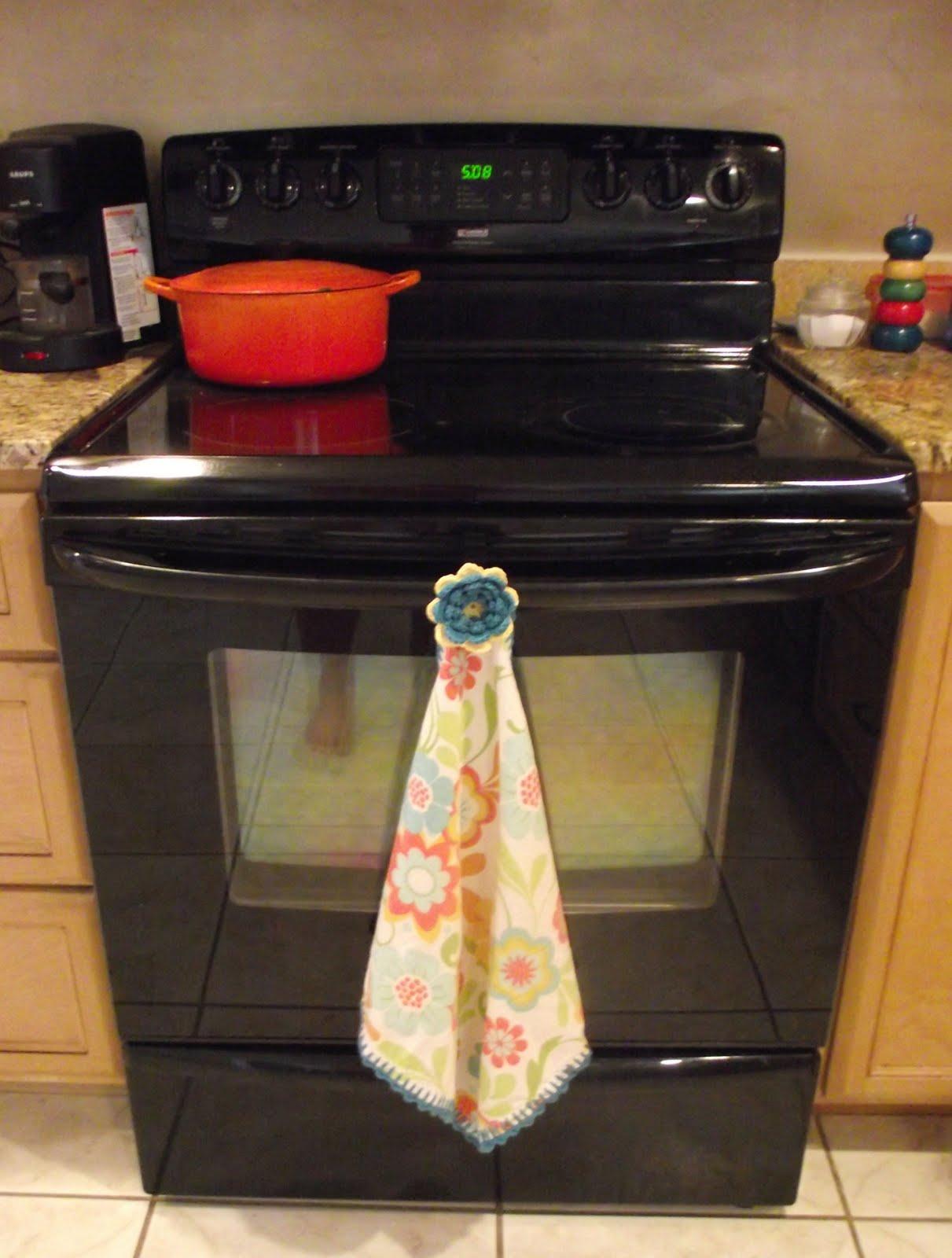 Crochet tea towel 0001