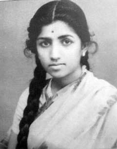 Lata Mangeshkar Young Pictures