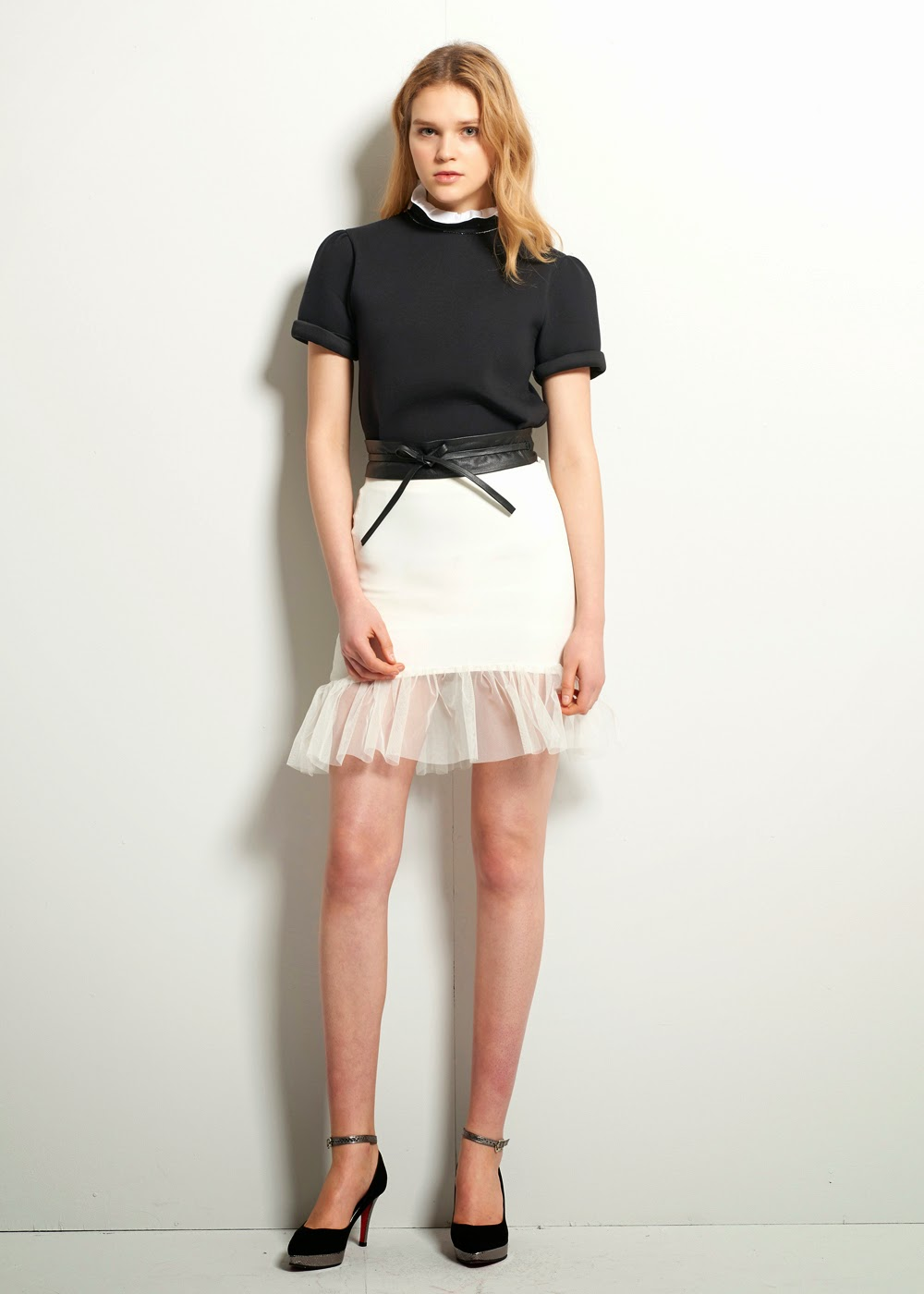 http://www.storets.com/shop/clothing/bottoms/skirts/petite-tulle-skirt-ivory.html