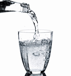 31243791135250259 18zUHYsL c كوب من الماء أثناء الامتحانات ،، يعزز فرص التفوق و يبعد القلق