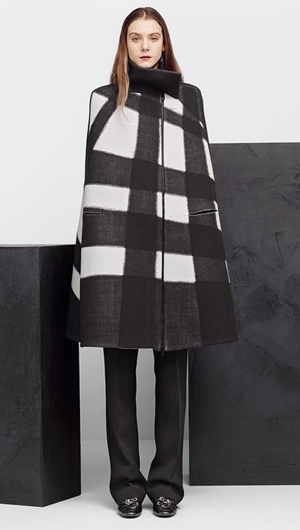 Bottega Veneta 2015 AW Oyster Nero Needle Punch Wool Cape Editorials