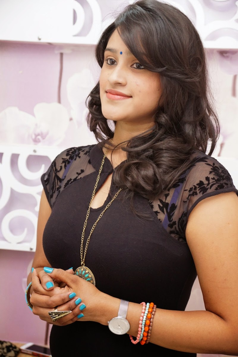 Priya glamorous photos-HQ-Photo-17