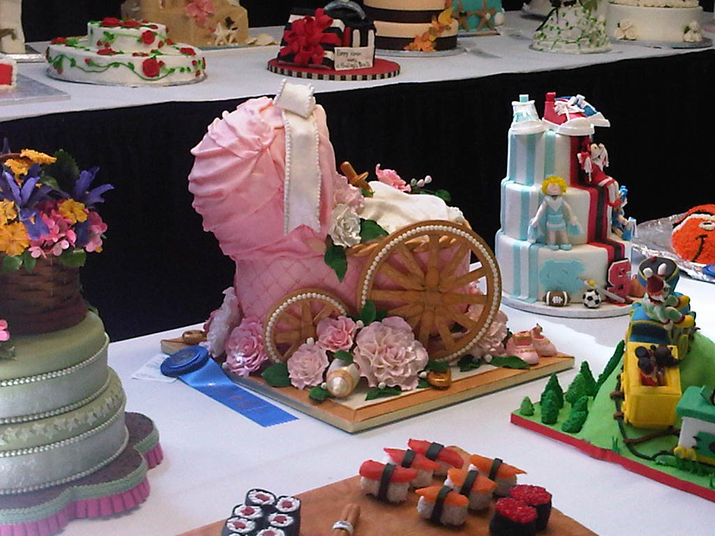Cake Decorating Competition Show : Cake Sophistication - The Blog: About Me