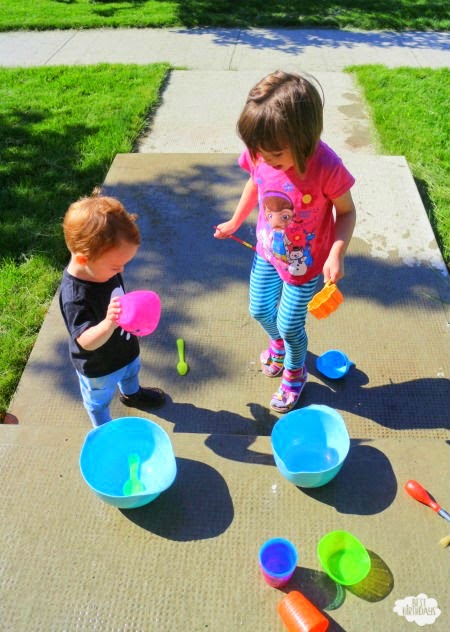 Summer Party Games for Lazy Parents (like me!)