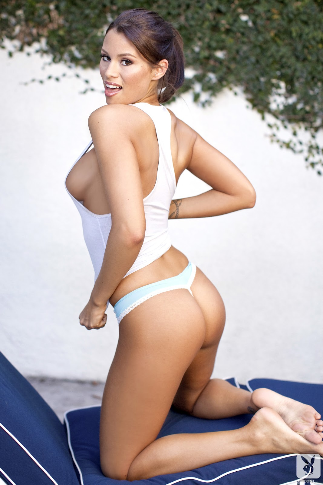 http://1.bp.blogspot.com/-c3Fn4982oFM/T9CaNdw85iI/AAAAAAAAM-g/xN-SyDHhL-I/s1600/CHRISTINA+RENEE+-+TINY+DANCERC+(19).jpg