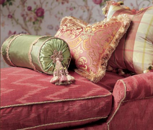 4bildcasa lee jofa una casa da principi for Cuscini d arredo eleganti