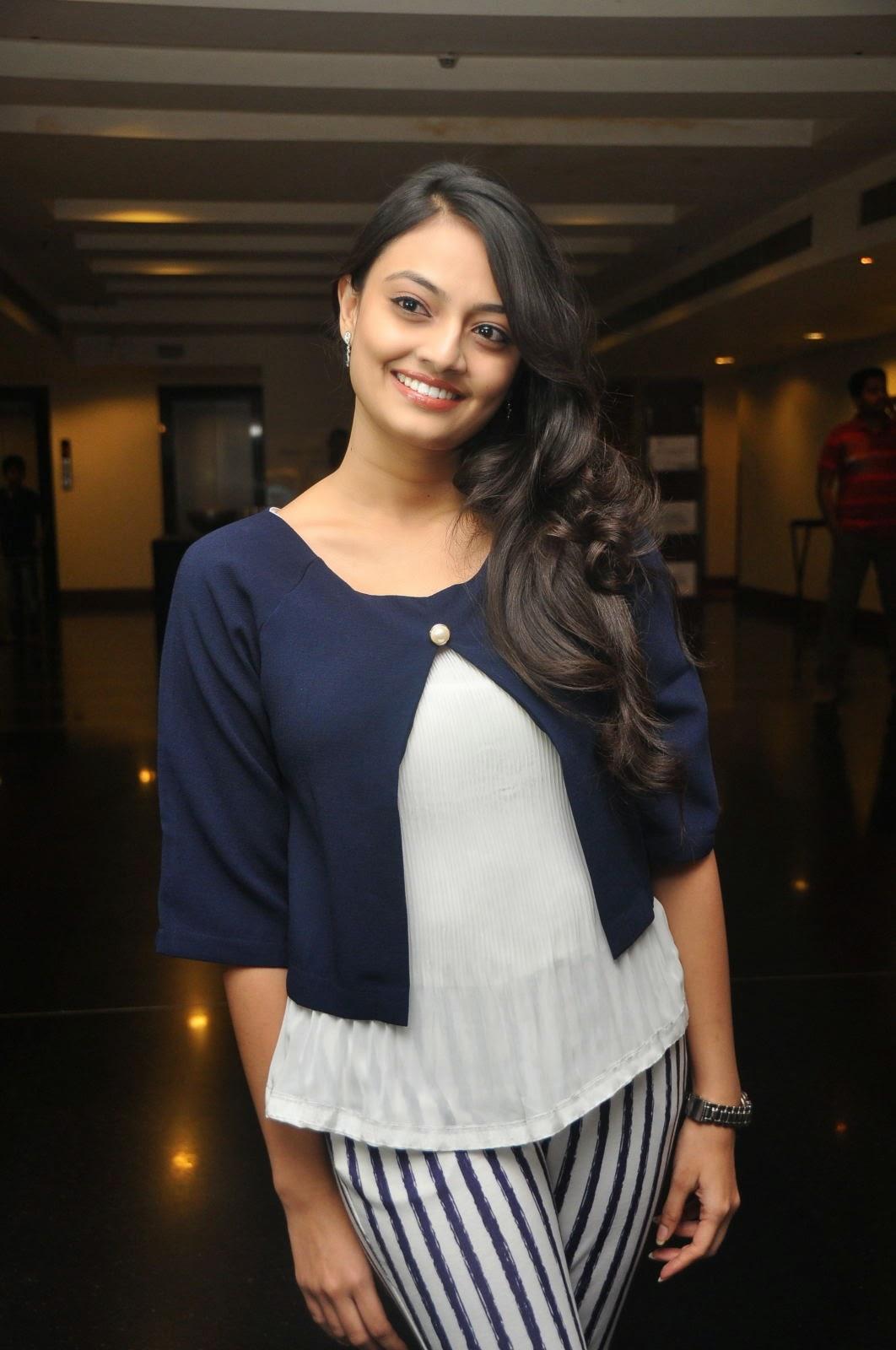 Nikitha Narayan latest photos-HQ-Photo-21