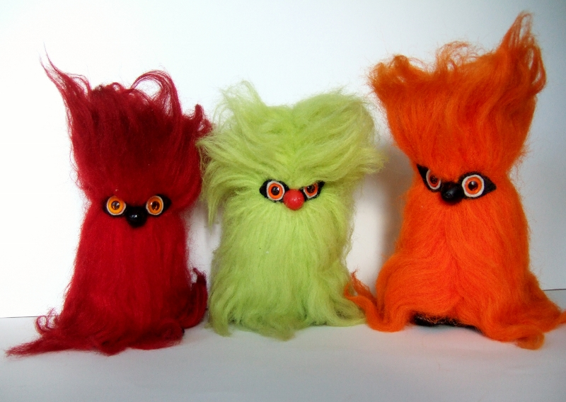 Fake S 90 3 >> Curious Objects: Gonks and Glooks