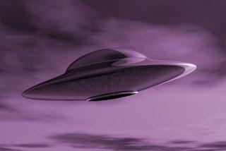 უცხოპლანეტელები მოფრინავენ. დაიჭირეთ თადარიგი. ან რამე მაინც დაიჭირეთ