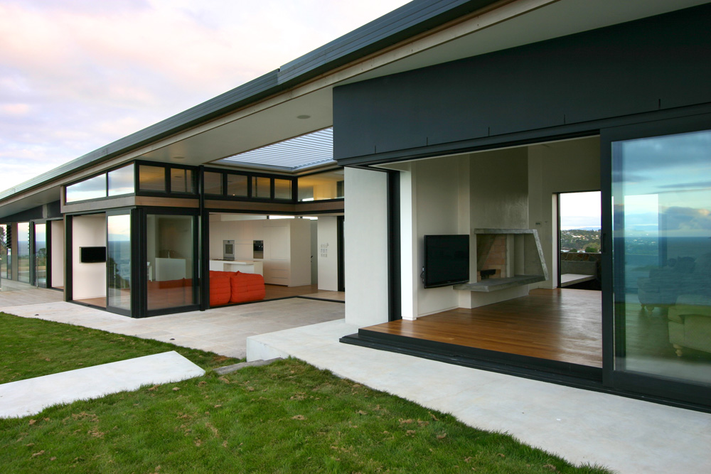 Beautiful houses beach house auckland new zealand for Coastal home designs nz