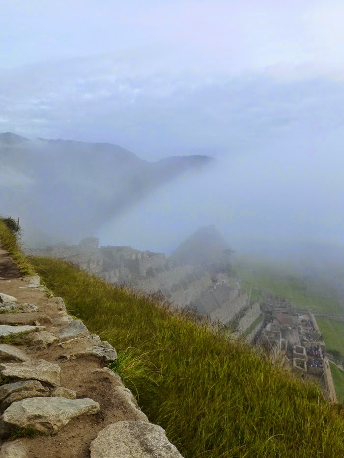 Peru | Hiking the Sun Gate Trail in Machu Picchu #travel