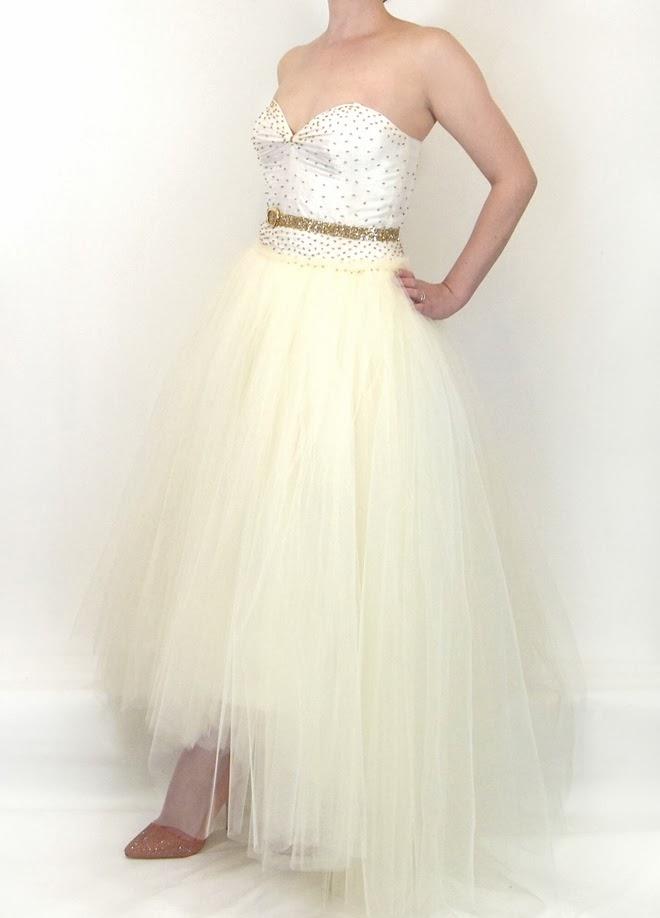 ivory tulle wedding dress with graduated hem