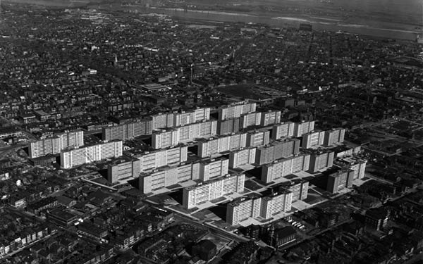 The Pruitt-Igoe Myth, directed by Chad Freidrichs