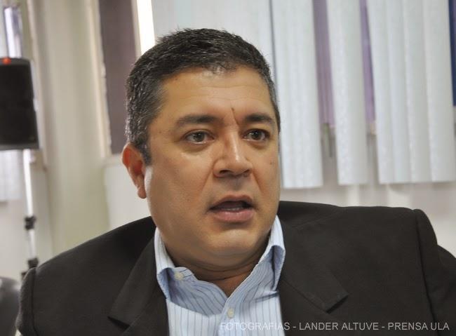 Dr. Bladimir Pérez, coordinador del Doctorado en Estudios Políticos de la ULA. (Foto: Lánder Altuve)