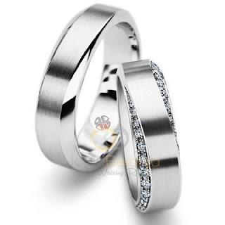 model cincin tunangan sederhana