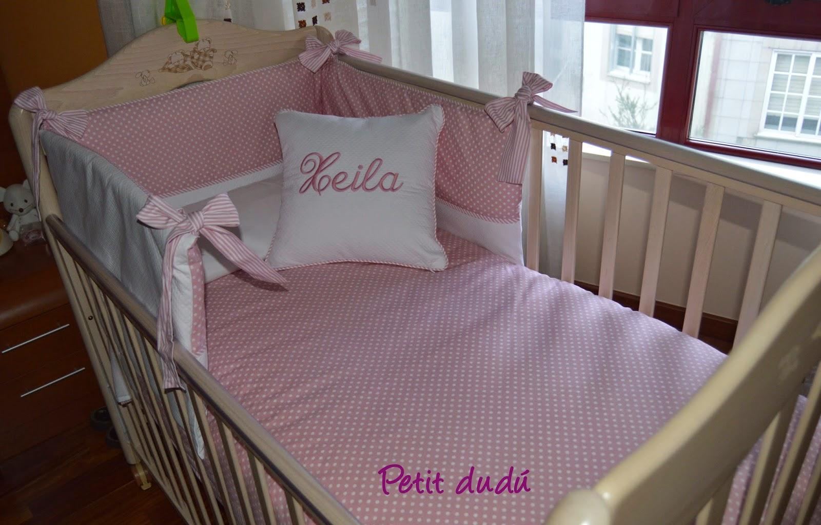 Petitdudu ropa sacos y complementos de beb conjunto para cuna de beb y para ba o - Chichoneras y edredones para cunas ...