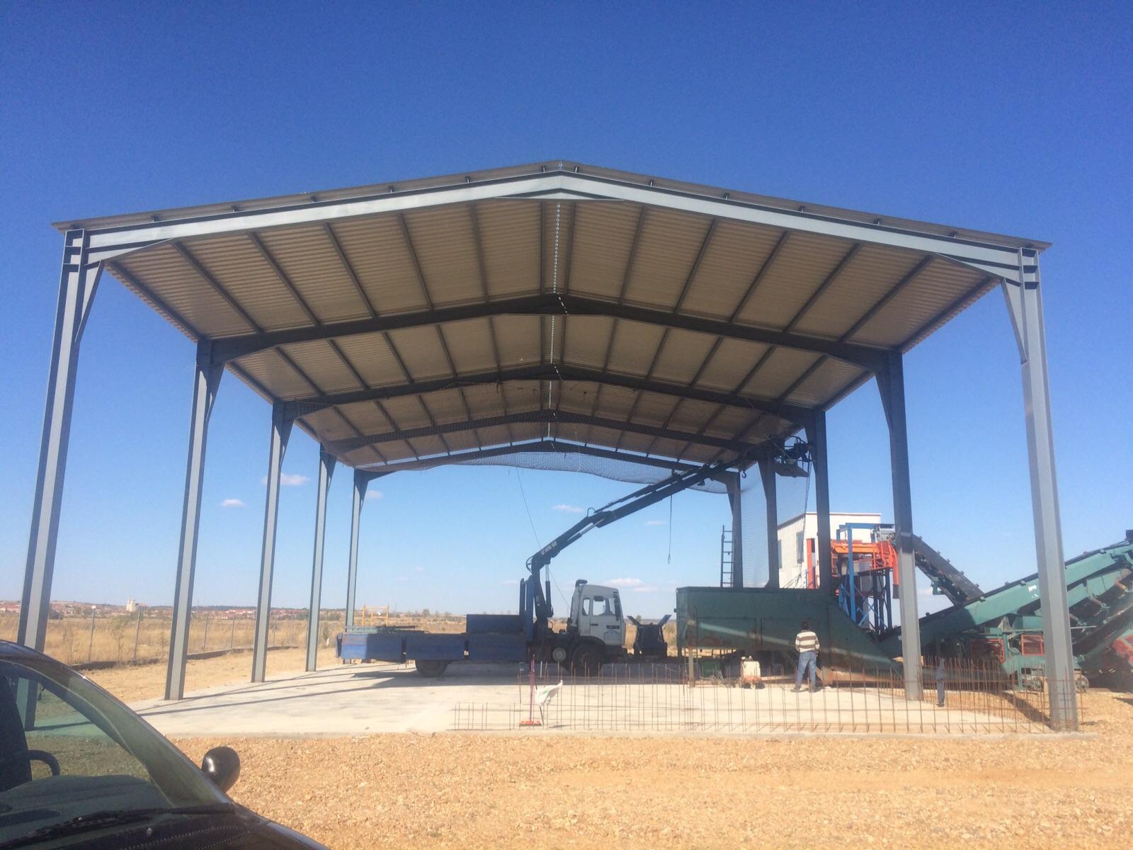 Estructura para un techo a dos aguas estructuras for Cobertizos segunda mano