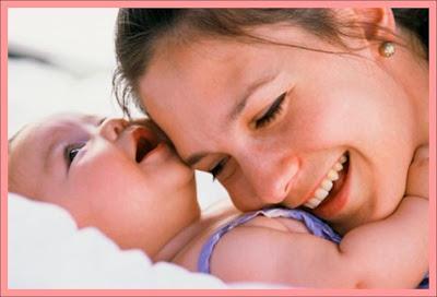 http://1.bp.blogspot.com/-c50nq8U-pCU/TcYpdk6SPkI/AAAAAAAAANk/01QZVfn9b6o/s1600/mother_baby_frame.jpg