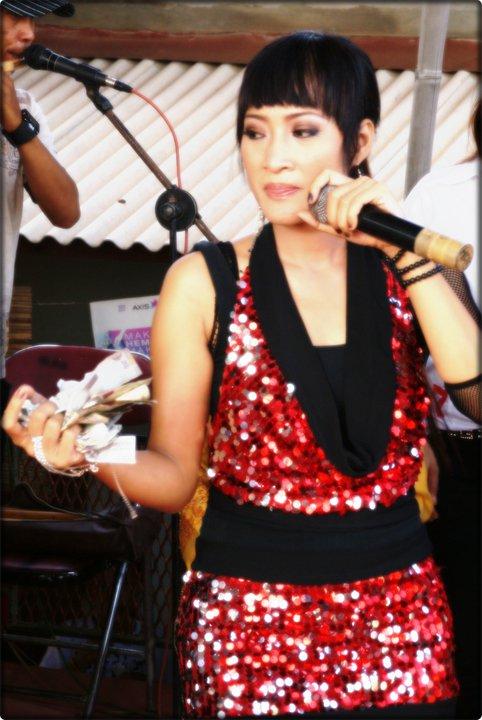 Foto Dewi Kirana Penyanyi Dangdut