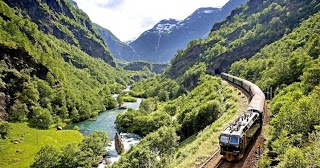 short essay on railway journey World's 300 words short essay on a railway journey how to a narrative essay tells a story to the reader journey by train is now very popular in our country.