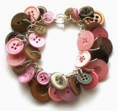 Discussion on this topic: Stylish DIY Button Pendant Necklace, stylish-diy-button-pendant-necklace/