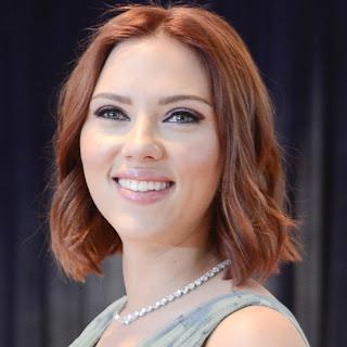 Scarlett Johansson pelirroja
