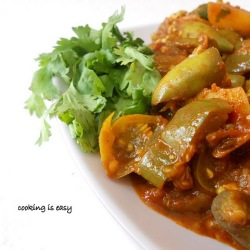 Potato brinjal masala curry indian spices