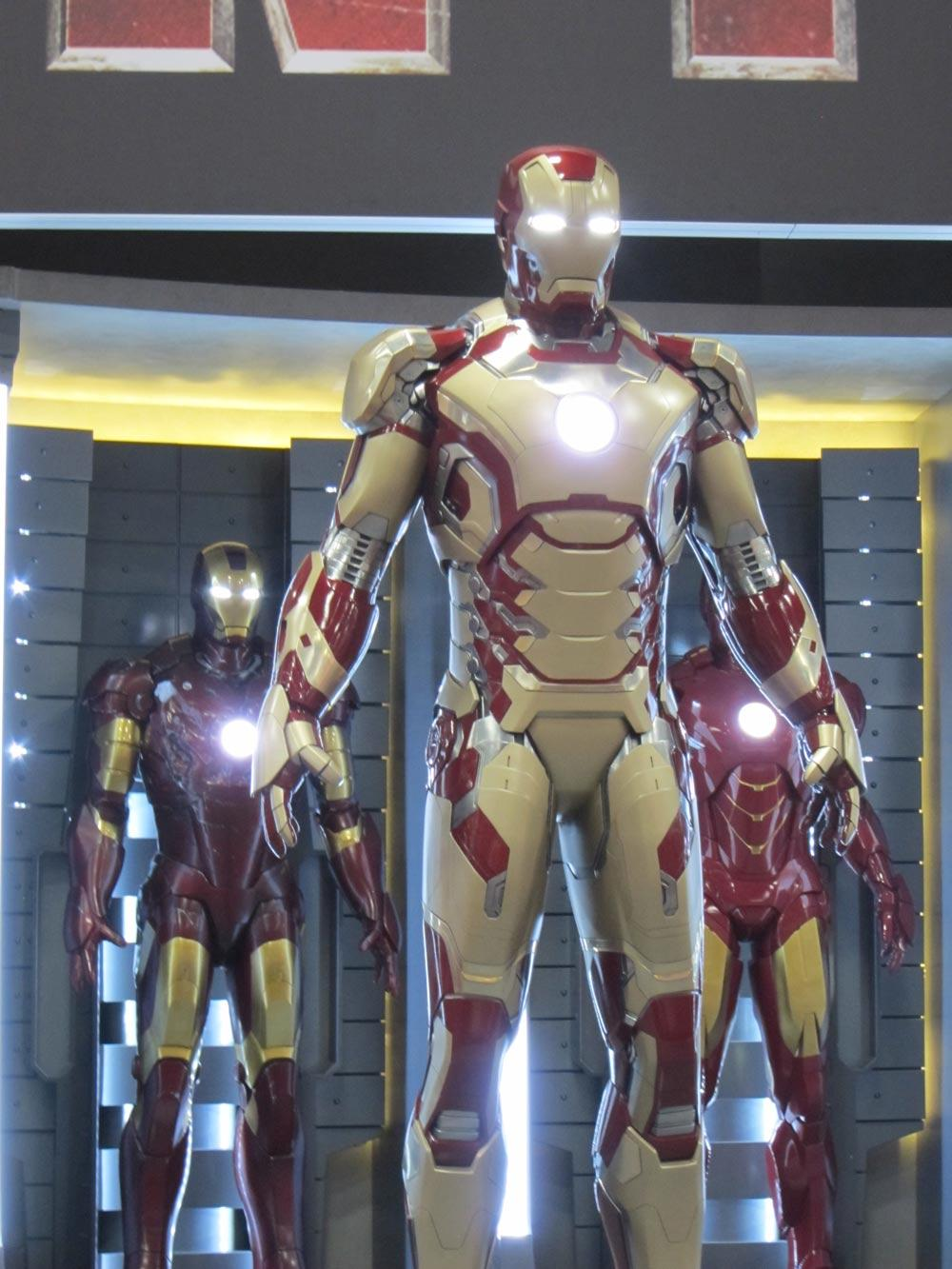 iron man 3 review The first two editions of the franchise had tony stark (robert downey jr) going  zip, zap, zoom in his supreme iron man armor this film.