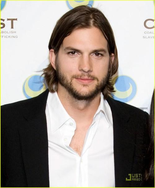 Ashton Kutcher Bonito Sim Ele Mas T O S Gra A Acho