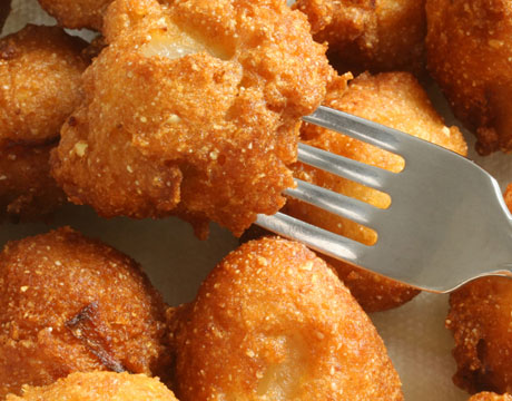 Stacy and Brian's Adventures in Life: Recipe of the Week: Hush Puppies