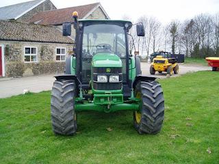 5620.7 746838 Tractor John Deere 5620 71Cp 2007 750h