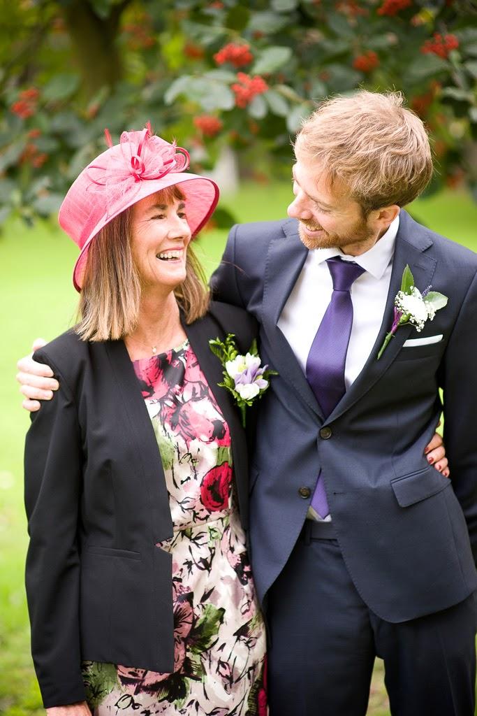 Court Lodge Farm wedding