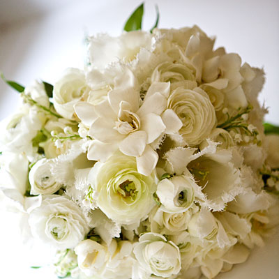 Fashion Wedding Blog Different Types Of Wedding Flower Bouquets