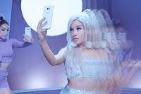 Ariana Grande Focus Music Video