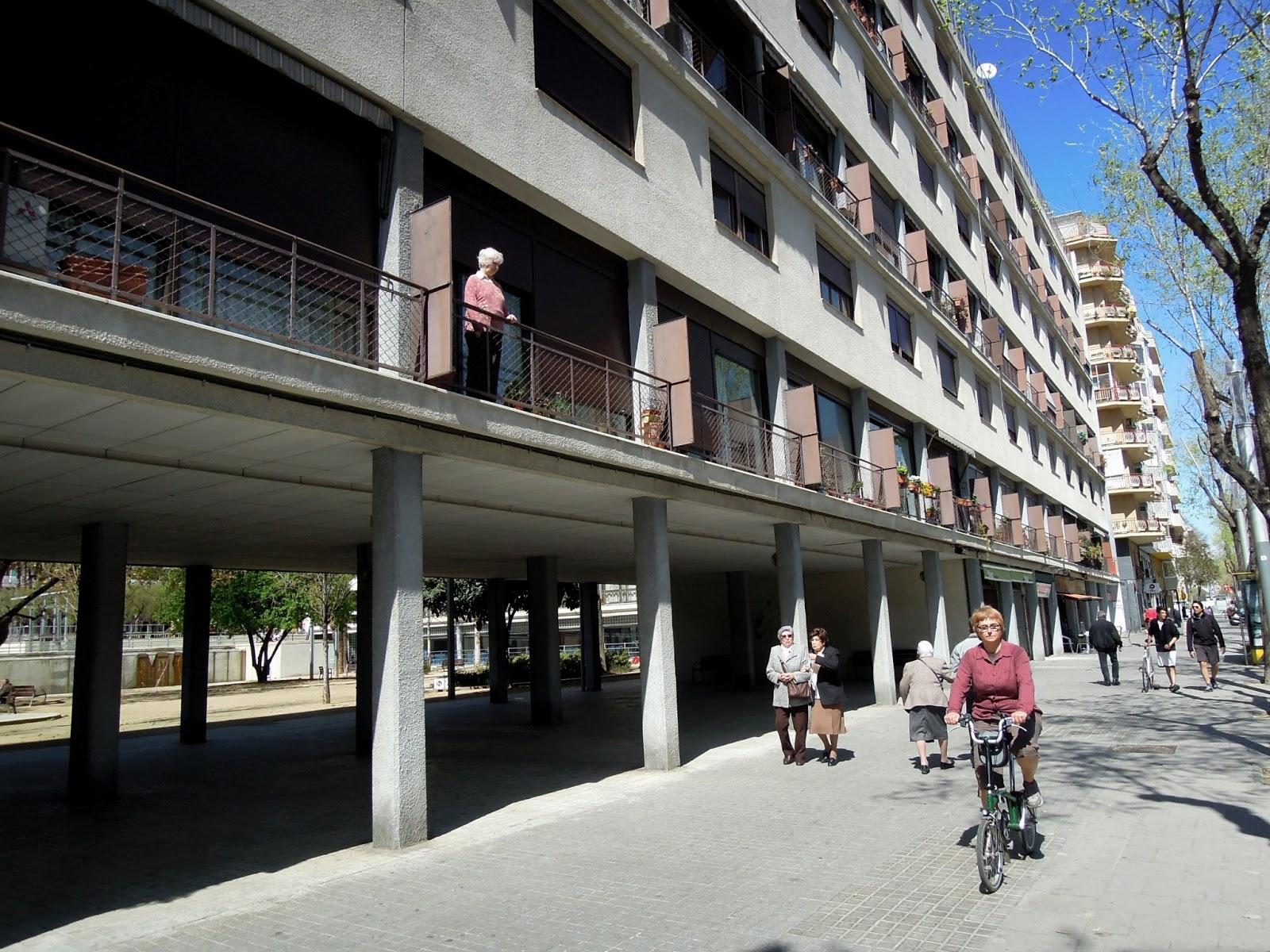 Tourmalet pels barris del nord miradors de barcelona - Casa bloc sant andreu ...