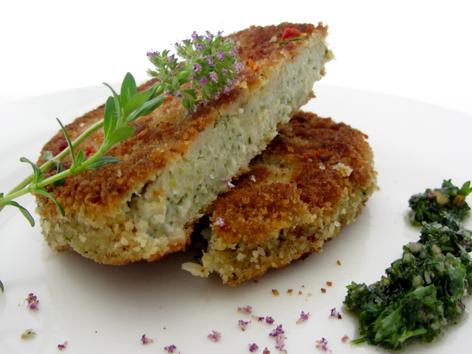 fell in love with gemuese vegane rezepte zum verlieben blumenkohl broccoli schnitzel. Black Bedroom Furniture Sets. Home Design Ideas