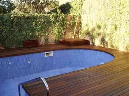 Dise o de interiores 2013 piscinas - Jardines pequenos con piscina ...