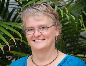 <b>Valerie Comer<b><br><i>BC, Canada<i></i></i></b></b>