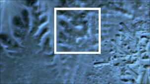 pyramides - Egypte : probable découverte de mystérieuses pyramides perdues Pyramide_enterree_devoilee_par_infrarouge