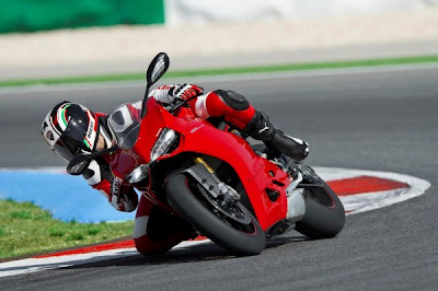 2012 Ducati 1199 Panigale Red Race Front View